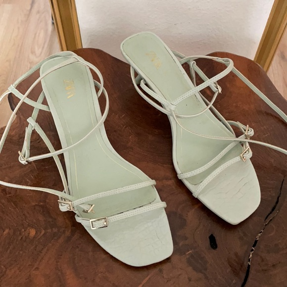 Zara Mint Green strappy sandal